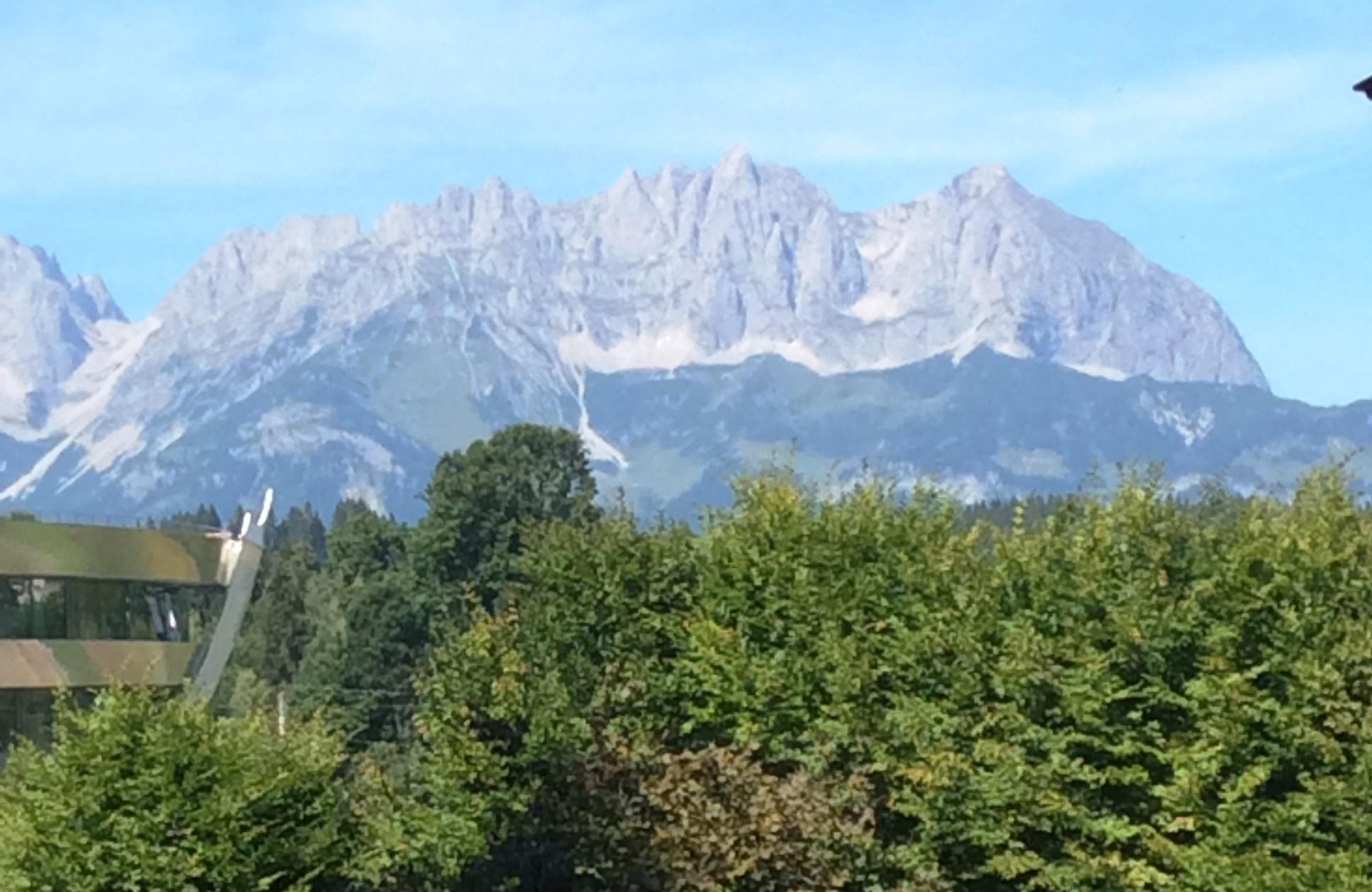 Blick in den Wilden Kaiser von der Landhausvilla in Kitzbühel, Kirchberger Strasse 1