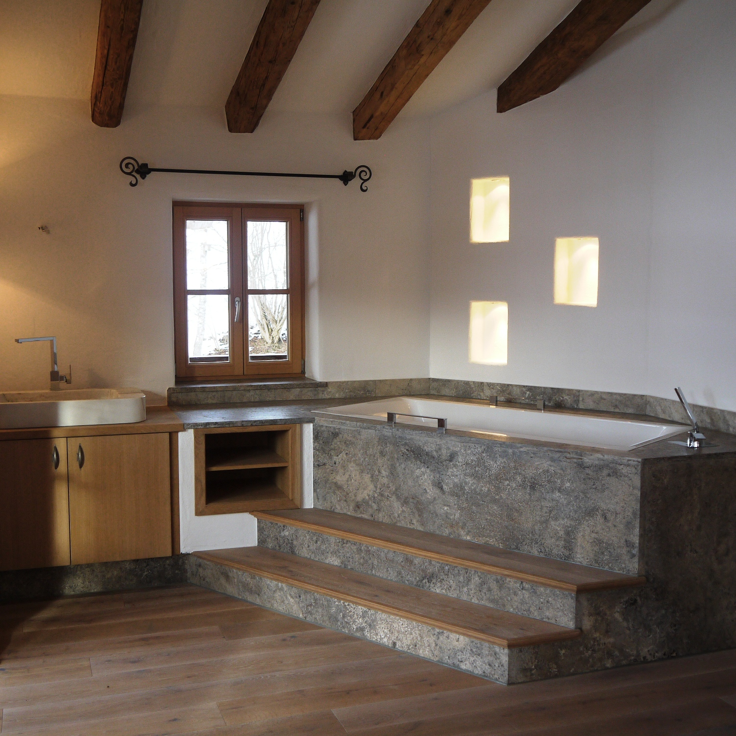 Bad ensuite im OG des Chalets in Going