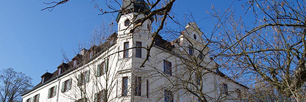 Leben wie ein Graf in seinem eigenen Schloß in Münchens Nähe