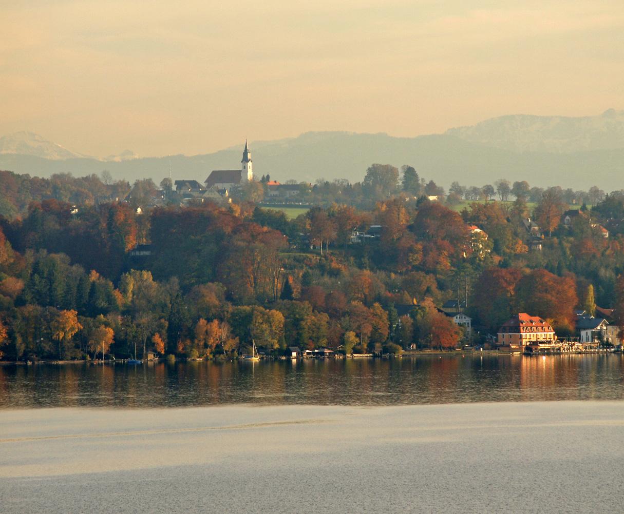 Blick nach Berg-Aufkirchen von der Süd-Ost-Seite des Starnberger Sees